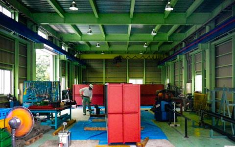 C棟・1F工場 2F事務所 | 製缶加工・配管据付工事のタニキカン